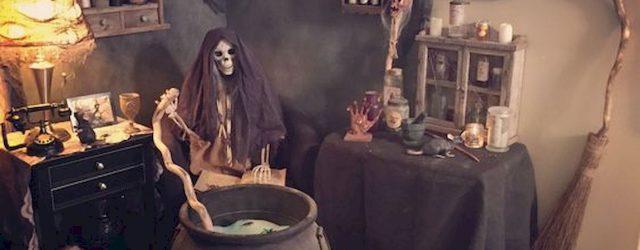 40 Stunning Halloween Indoor Decoration Ideas (1)