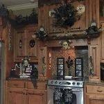 40 Stunning Halloween Indoor Decoration Ideas (26)