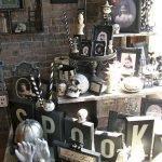 40 Stunning Halloween Indoor Decoration Ideas (9)