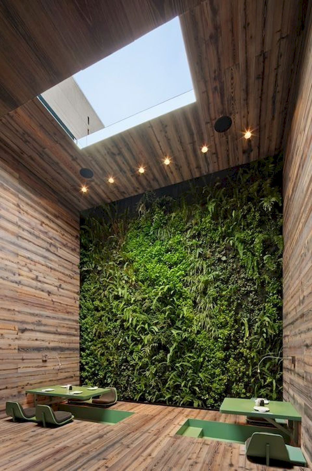 44 Fantastic Vertical Garden Ideas To Make Your Home Beautiful (24)