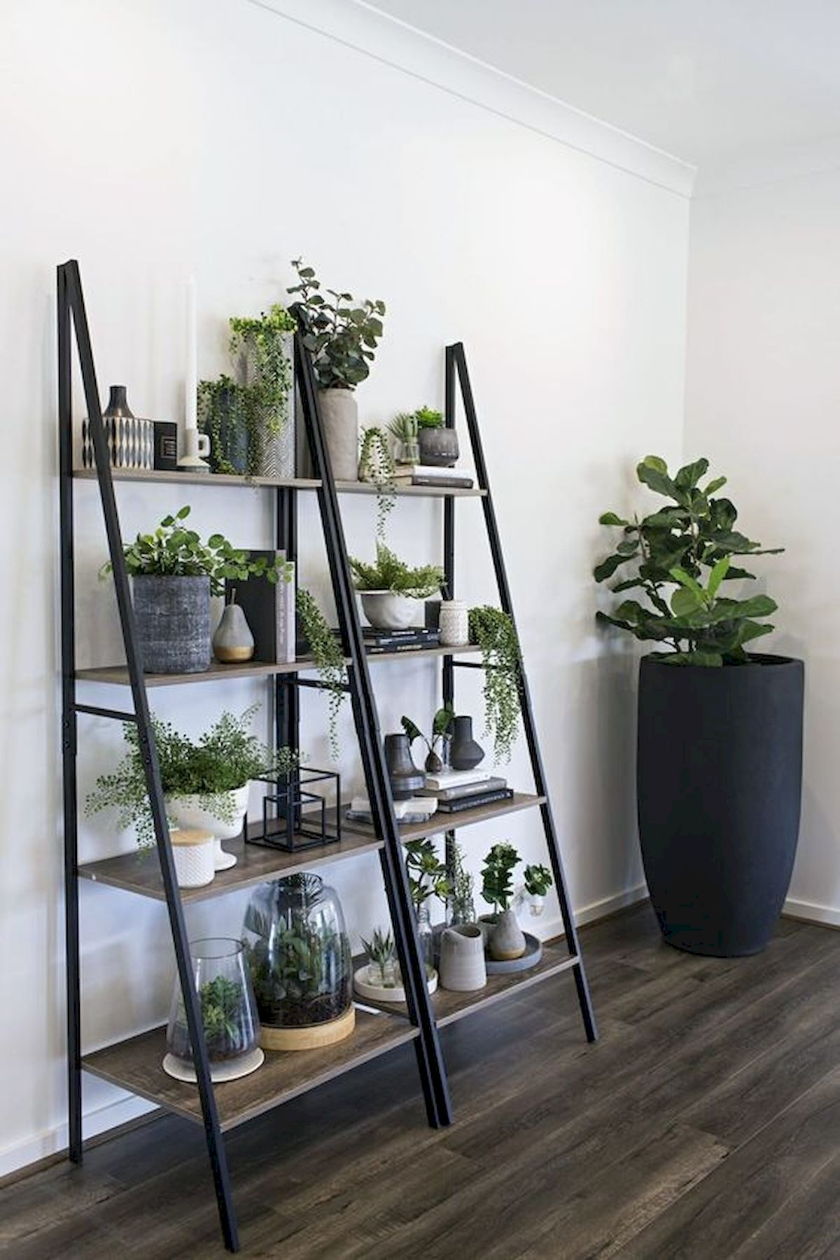 44 Fantastic Vertical Garden Ideas To Make Your Home Beautiful (27)
