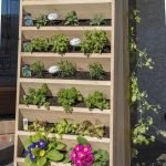 44 Fantastic Vertical Garden Ideas To Make Your Home Beautiful (35)