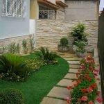 48 Stunning Front Yard Landscaping Ideas That Make Beautiful Garden (13)