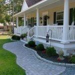 48 Stunning Front Yard Landscaping Ideas That Make Beautiful Garden (20)
