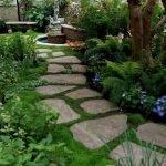 48 Stunning Front Yard Landscaping Ideas That Make Beautiful Garden (21)