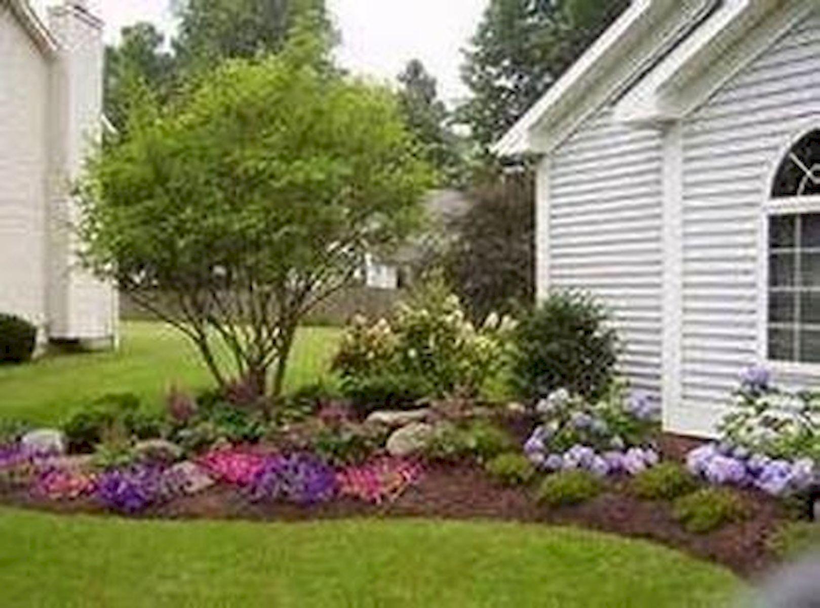 48 Stunning Front Yard Landscaping Ideas That Make Beautiful Garden (28)