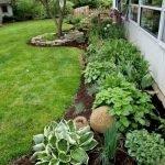 48 Stunning Front Yard Landscaping Ideas That Make Beautiful Garden (29)
