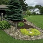 48 Stunning Front Yard Landscaping Ideas That Make Beautiful Garden (3)