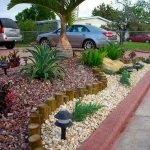 48 Stunning Front Yard Landscaping Ideas That Make Beautiful Garden (33)