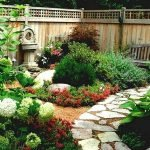 48 Stunning Front Yard Landscaping Ideas That Make Beautiful Garden (35)
