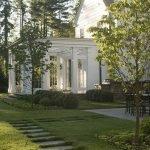 48 Stunning Front Yard Landscaping Ideas That Make Beautiful Garden (40)