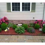 48 Stunning Front Yard Landscaping Ideas That Make Beautiful Garden (41)