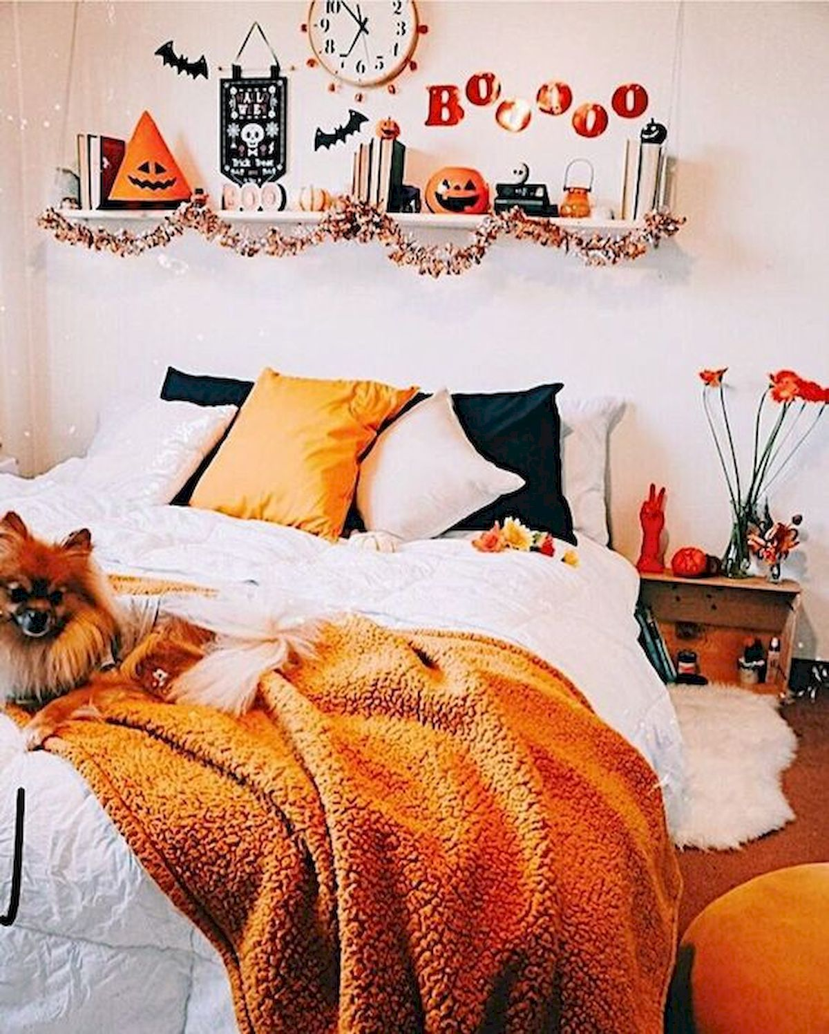 30 Cozy Fall Decoration Ideas For Your Bedroom (18)