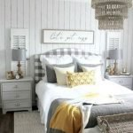 30 Cozy Fall Decoration Ideas For Your Bedroom (5)