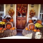 35 Cool Fall Outdoor Decor Ideas You Will Like (23)