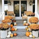 35 Cool Fall Outdoor Decor Ideas You Will Like (29)