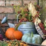 35 Cool Fall Outdoor Decor Ideas You Will Like (31)