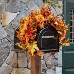 35 Cool Fall Outdoor Decor Ideas You Will Like (33)