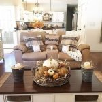 40 Awesome Fall Decoration Ideas For Living Room (2)