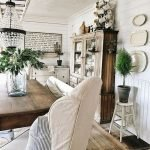 40 Awesome Fall Decoration Ideas For Living Room (30)