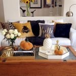 40 Awesome Fall Decoration Ideas For Living Room (35)