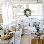 40 Awesome Fall Decoration Ideas For Living Room (4)