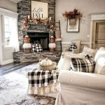 40 Awesome Fall Decoration Ideas For Living Room (6)