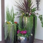 20 Awesome Planter Ideas for Your Front Porch (19)