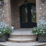 20 Awesome Planter Ideas for Your Front Porch (7)