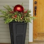 20 Awesome Planter Ideas for Your Front Porch (8)