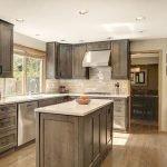 25 Fabulous Quartz Backsplash Kitchen Ideas (17)
