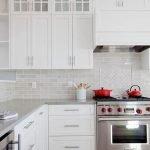 25 Fabulous Quartz Backsplash Kitchen Ideas (19)