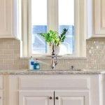 25 Fabulous Quartz Backsplash Kitchen Ideas (21)