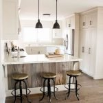 30 Awesome Small Apartment Design And Decor Ideas With Farmhouse Styles (14)