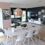 30 Awesome Small Apartment Design And Decor Ideas With Farmhouse Styles (28)