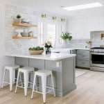 30 Awesome Small Apartment Design And Decor Ideas With Farmhouse Styles (29)