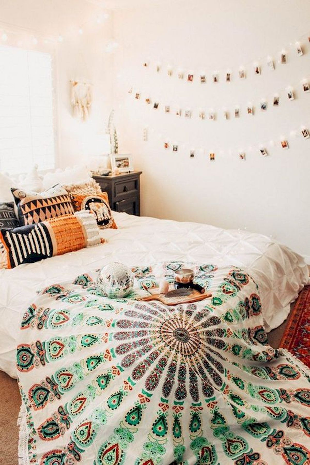 40 Amazing Farmhouse Boho Bedroom Design And Decor Ideas (13)