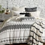 40 Amazing Farmhouse Boho Bedroom Design And Decor Ideas (35)