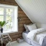 40 Awesome Attic Bedroom Design and Decorating Ideas (15)