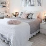40 Incredible Modern Bedroom Design Ideas That Will Be Relax Place (11)
