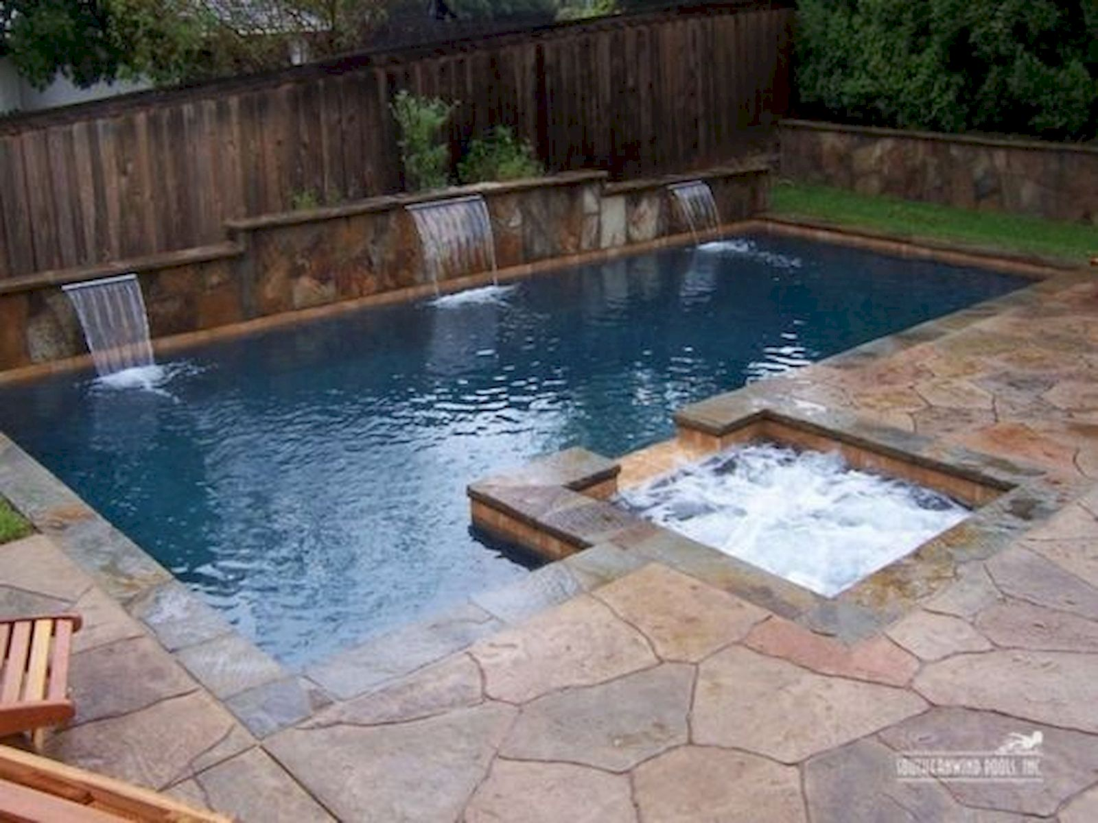 30 Awesome Backyard Swimming Pools