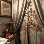 30 Awesome Fall Bathroom Decorating Ideas (1)