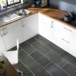 40 Best Tile Flooring Designs Ideas For Modern Kitchen (32)