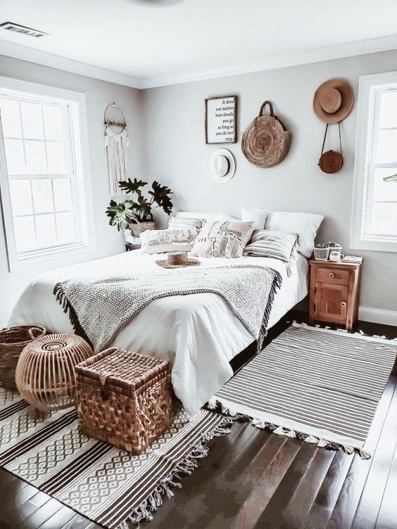 20 Best Boho Farmhouse Bedroom Decor Ideas (1)