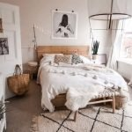 20 Best Boho Farmhouse Bedroom Decor Ideas (10)