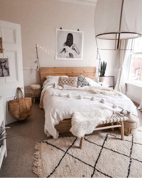 20 Best Boho Farmhouse Bedroom Decor Ideas (10)