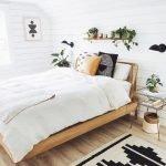 20 Best Boho Farmhouse Bedroom Decor Ideas (13)