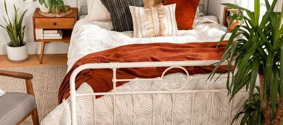 20 Best Boho Farmhouse Bedroom Decor Ideas (14)