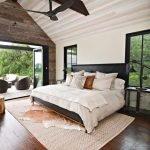 20 Best Boho Farmhouse Bedroom Decor Ideas (17)