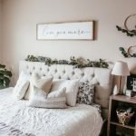 20 Best Boho Farmhouse Bedroom Decor Ideas (2)